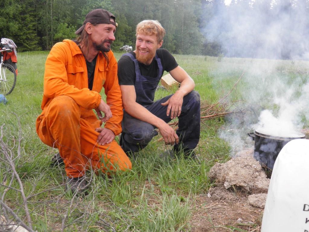 Oskars un Josh atpūtas mirklī Stjarnsundā